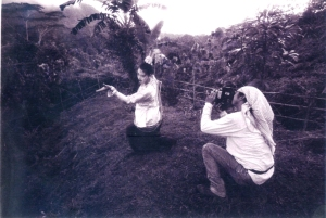 At the last day of filming, the lead actress dances the Pangalay, facing the mountain of Bud Dajo
