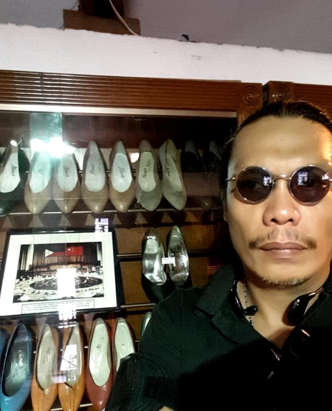 04 1998 Marikina Shoe Museum 7.jpg