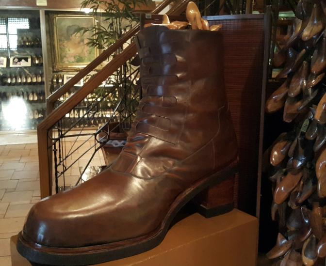 1998 Marikina Shoe Museum 11.jpg