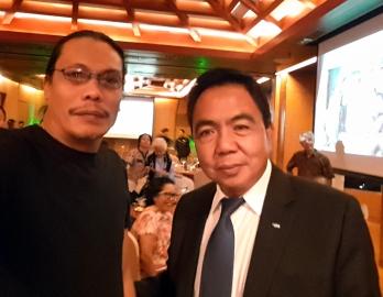 Having a selfie with the former Marikina City Mayor, Bayani Fernando