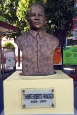 2009 Jonas Roces - Barangka, 1929-40 Teniente Roberto Francisco