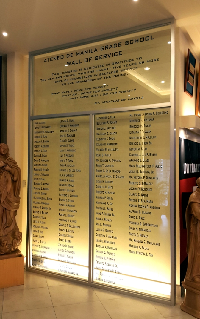 11 2007 The Wall of Distinguished Service 0