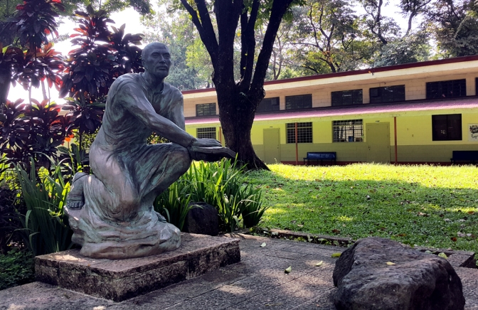 18 Julie Lluch - Saint Ignatius de Loyola 2
