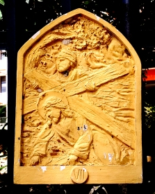 Loyola House of Studies, Stations of the Cross VII: Simon of Cyrene helps Jesus carry the Cross