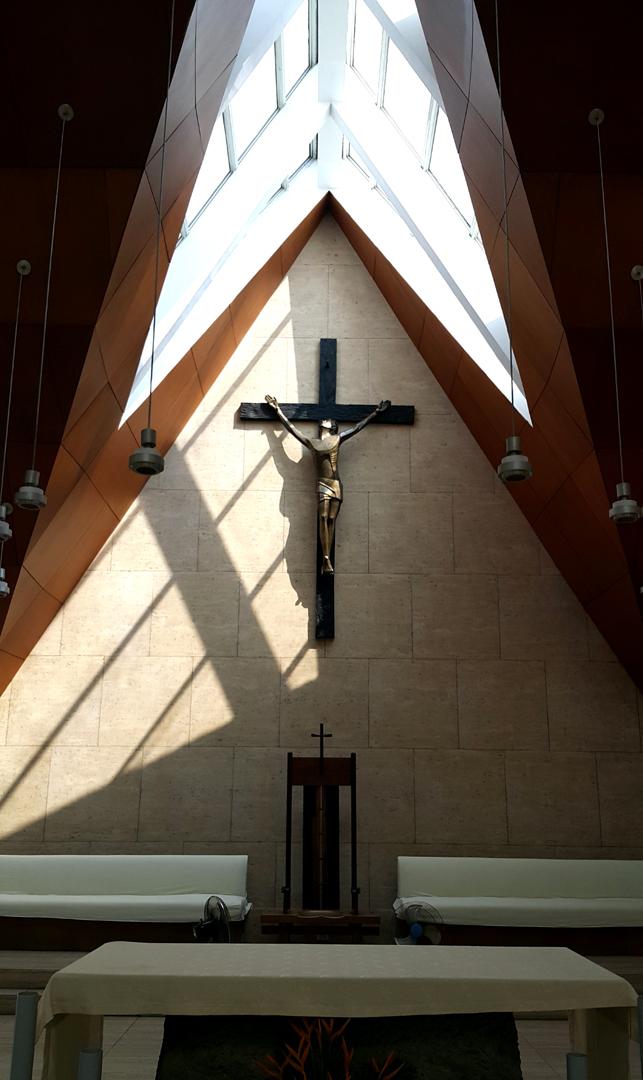 07 2004 Juan Sajid Imao - Crucifix, Church of the Gesù