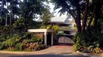 La Vista Subdivision Home