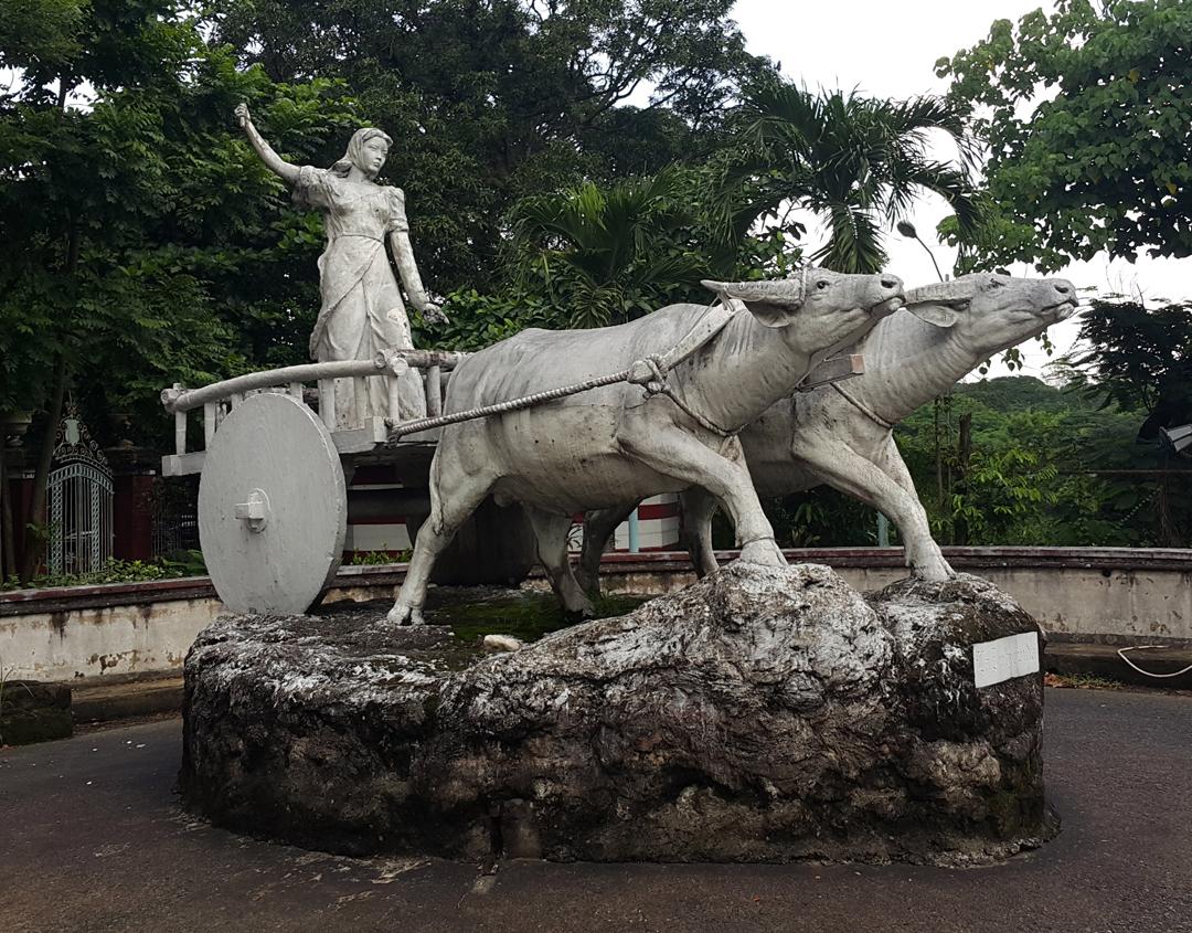 07 1938-49-59 Fermin Gomez - La Intrepida, Mother Philippines, Balara Filters Park, Quezon City 02