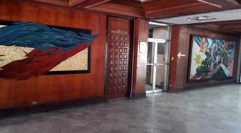 1972 UP Vanguard Building Lobby