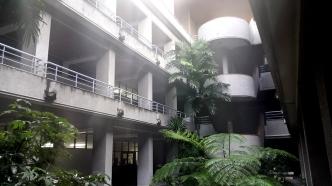 1993 Dolores F. Hernandez Center