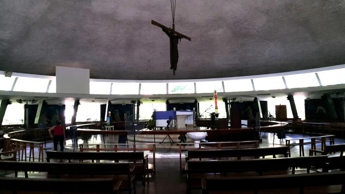 03-1955-crucifix-and-altar-parish-of-the-holy-sacrifice