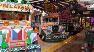 2015 Gerry's Jeepney (Gerry and Sally Javier, 2013)