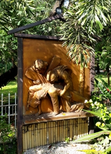 Garden of the Stations of the Cross: Jesus falls for the Third Time