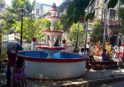 Barangay Bagong Silang, Barangay Hall Plaza