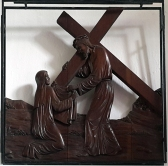 Stations of the Cross VI - Veronica Wipes the Face of Jesus