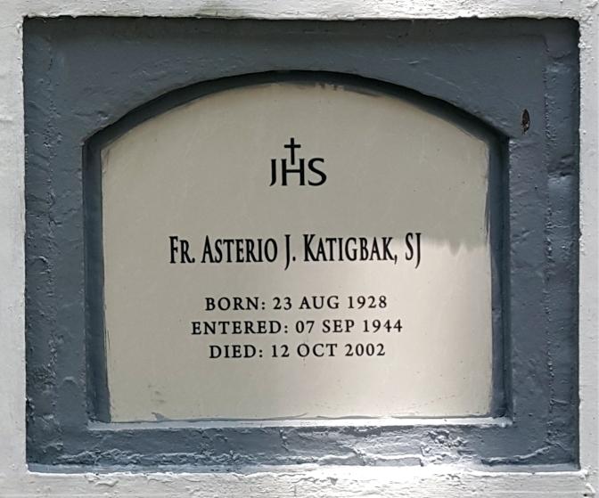 2002 Fr. Asterio J. Katigbak SJ (1928-2002)