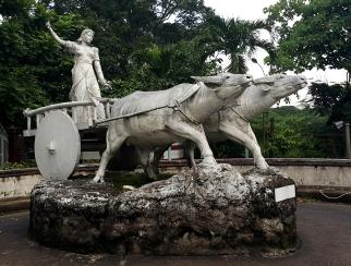 1959 Fermin Gomez - La Intrepida (Mother Philippines), Windmill Park, Balara Filters Park