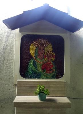 La Vista Subdivision Exit, Madonna Della Strada Mosaic