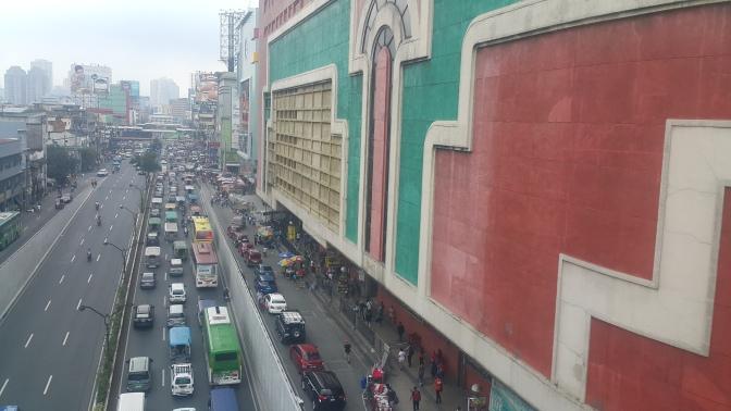 01 1939 Quezon Boulevard & Isetann Cinerama (1988)
