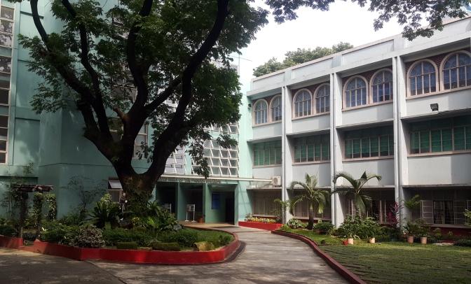01 1955 Stella Maris College of Quezon City
