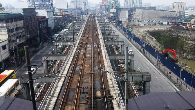07 1940 Epifanio de los Santos Avenue & 1999 Manila Metro Rail Transit System (MRT-3)
