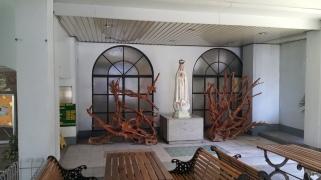 1998 Roberto P. Cericos - SPUQC Chapel, Marian Altar