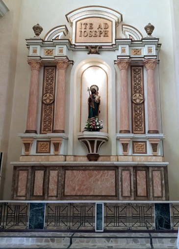 2015 Transept North, St. Joseph and the Christ Child