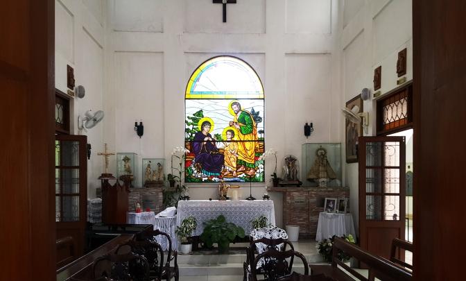 03 1990s Mira Nila, Chapel