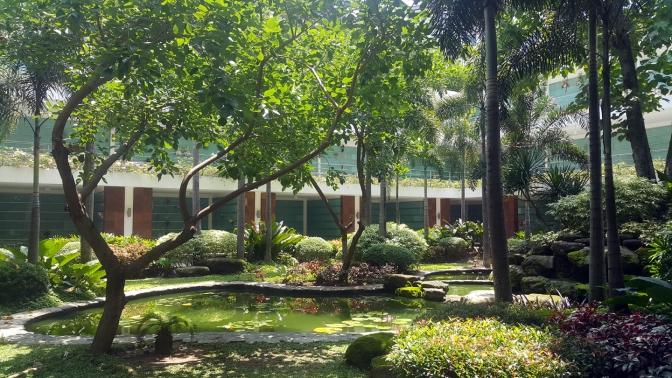 12 2008 Garden of the Divine Word