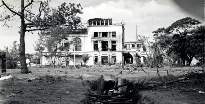 01 1945 Damaged Building, Manila