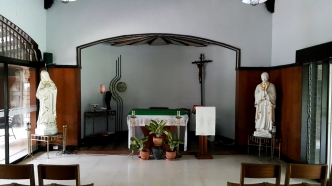 1987 Congregation of The Blessed Sacrament, Chapel