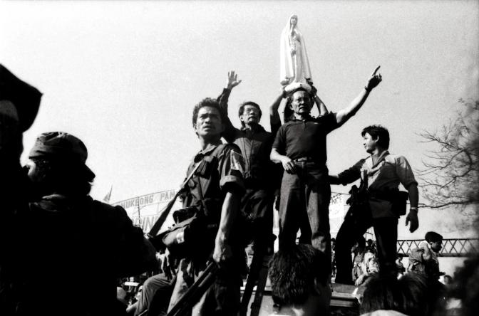 33 1986 EDSA Revolution