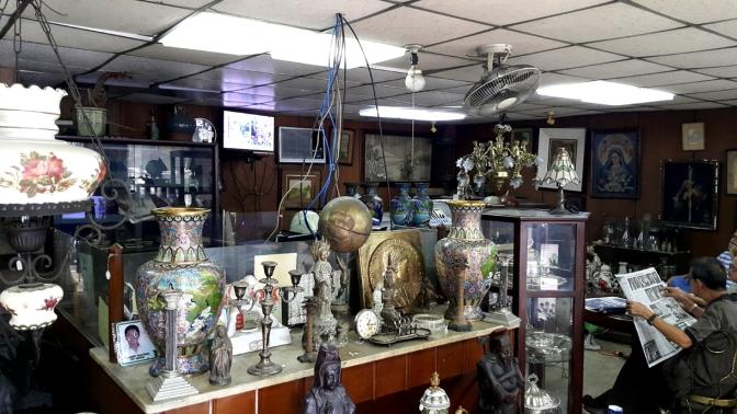 23B Quezon City Antique Shop