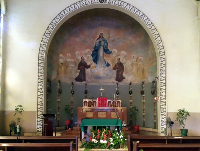 12 1955 Stella Maris College and Convent, Altar