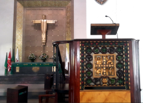 1962 National Cathedral of St. Mary and St. John, Altar