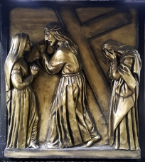Stations of the Cross IV Jesus meets Mary